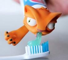 ที่สวมหัวหลอดยาสีฟันน่ารักจัง