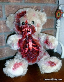 ตุ๊กตาหมีสยองขวัญ เห็นแล้วขนลุกเลยทีเดียว
