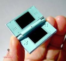 Mini DS ตัวจิ๋ว ๆ