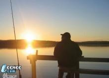 พระอาทิตย์ตอนเที่ยงคืนที่นอร์เวย์สวยมั้ยครับ