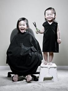 Cute Sisters....WoW