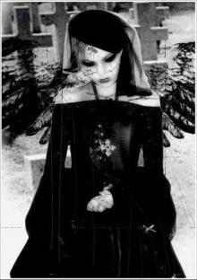*Gothic Emo*