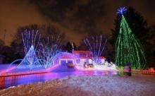 ดวงไฟแห่งสีสัน ในวันคริสต์มาส