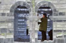 จีนสร้างปราสาทน้ำแข็ง เหมือนการ์ตูน Frozen