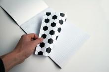 **กระดาษโน๊ต ที่เมื่อขยำ จะกลายเป็นลูกบอล **