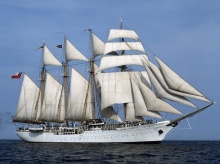 sailboat ●•.•°•.° (o^.^o) 2