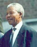 เนลสัน แมนเดล่า  ผู้เรียกร้องความเท่าเทียมด้านสีผิวในแอฟริกาใต้