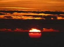 ประทับใจกับภาพพระอาทิตย์ขึ้น