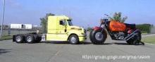 มอเตอร์ไซด์ใหญ่เท่ารถบรรทุก
