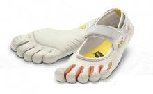 รองเท้าดีไซด์แปลก!!