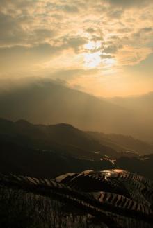 นาขั้นบันได : หลงเซิ่น ประเทศจีน