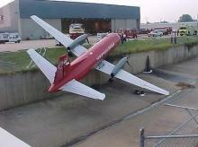 เมื่อเครื่องบินประสบอุบัติเหตุ ...