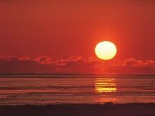 ยามเมื่อตะวันลับขอบฟ้า '゚・.。.:* (o^.^o) 2
