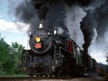 Classic Steaming Train●•.•°•.° (o^.^o)