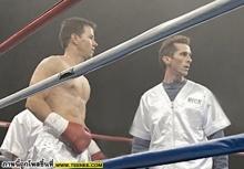 ภาพใหม่ยกโขยงกันมา แปลงโฉม Mark Wahlberg หุ่นเฟิร์ม Christian Bale เป็นนักมวยขี้ยา ใน The Fighter!!