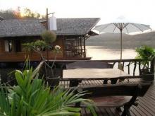 ทะเลสาปศรีนครินทร์ จังหวัดกาญจนบุรี สวยจัง(1)