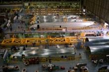 โรงงานต่อเครื่องบิน