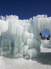 ตื่นตา! ปราสาทน้ำแข็งเมืองซิลเวอร์ธอร์น