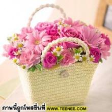 ดอกไม้สวย ๆ  มอบให้ทุกคนค่ะ