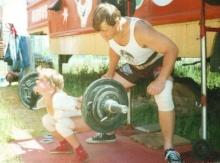 Varya Akulova ผู้หญิงที่แข็งแรงที่สุดในโลก