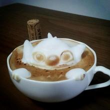 ศิลปะสามมิติบนกาแฟ