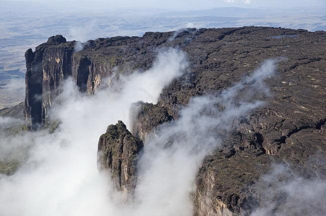ภูเขาที่สูงที่สุดในโลก!!