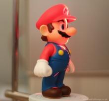 ต่อตัวต่อ LEGO เป็น Mario ตัวยักษ์เบิ้ม
