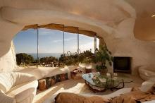 บ้านฟลินท์สโตน บ้านอารมณ์ยุคหิน ดีไซน์เเหวกเเนว ในอเมริกา