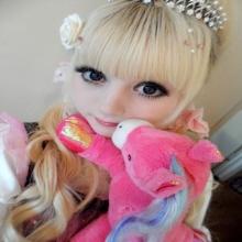 สาวหน้าbarbieจากทั่วโลก