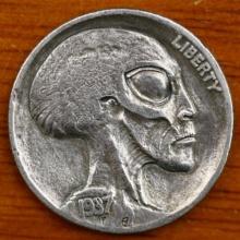 เหรียญมนุษย์ต่างดาว