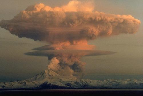 อันดับ 7 Mushroom Clouds