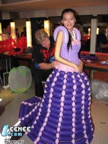 Balloon Fashion Show!!!