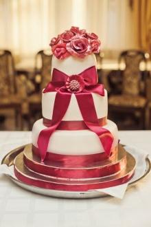 เค้กแต่งงานน่าทานไหมคะ