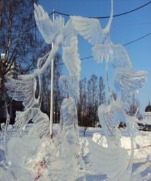 ประติมากรรมน้ำแข็ง สุดงดงาม