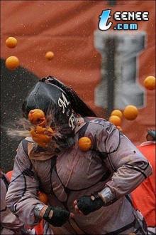 เลอะสุด ๆ เทศกาลปาส้ม