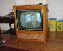 แปลงร่าง TV เก่าให้เกิดประโยชน์