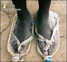 เห็นภาพนี้แล้ว คุณจะเข้าใจว่า ประโยชน์ของรองเท้าที่แท้จริงคืออะไร