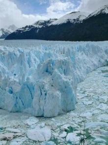 ภูเขาน้ำแข็งละลาย ที่อาร์เจนตินา