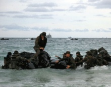 ตามดู ทหารไทย  อเมริกา ยกพลขึ้นบก