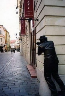 อนุเสาวรีย์ รูปปั้นแปลก ๆ ทั่วโลก ^___^