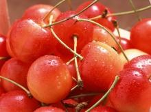 เชอร์รี่.. สีแดงสด....
