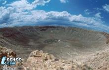 หลุมอุกกาบาตชนโลกเมื่อ 50,000 ปีที่แล้ว