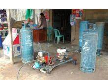 ปั๊มแก๊ส LPG ในเขมร (ช่างกล้าเนาะ) ^___^